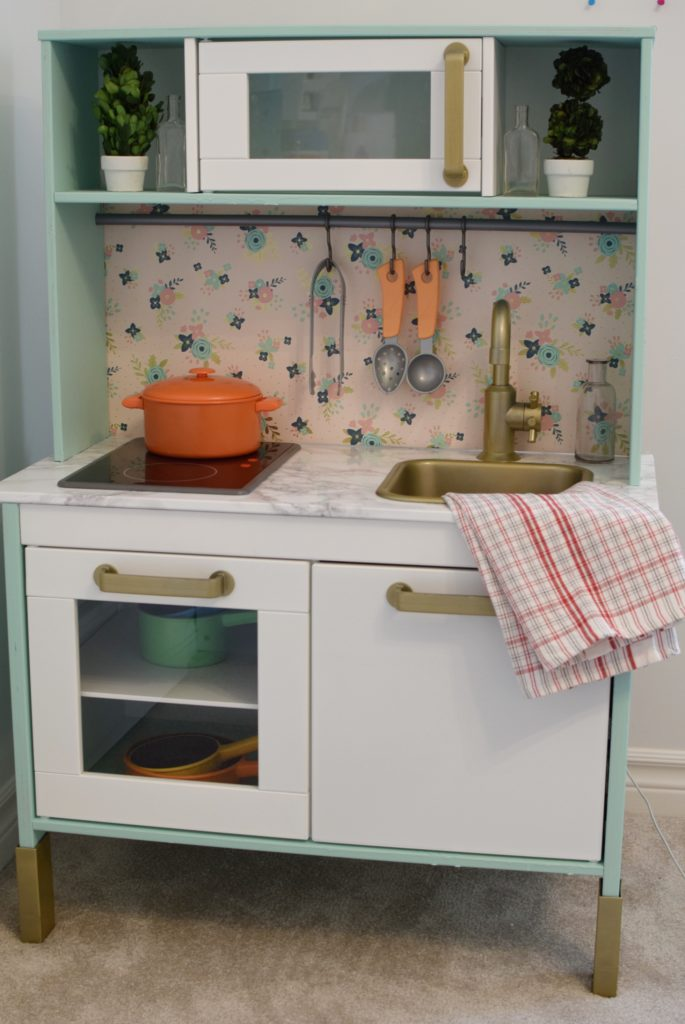 Chalk paint - pros and cons - Mint Candy Designs