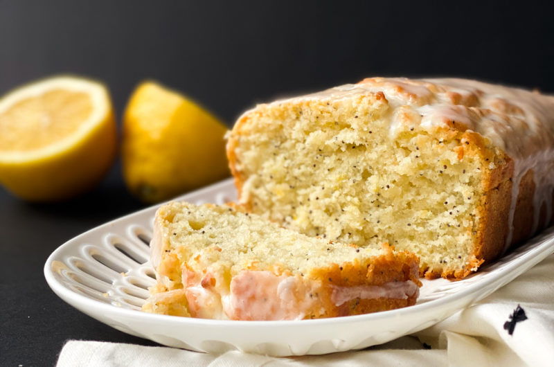 Your new favourite Lemon Poppyseed Bread!