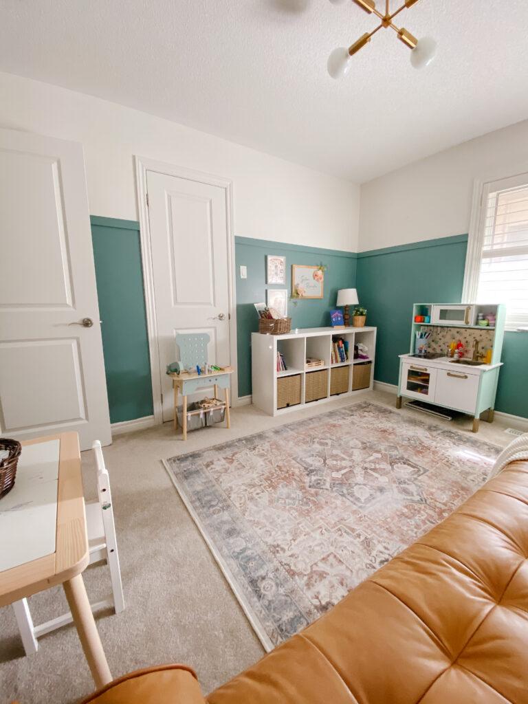 Vintage Inspired Rug Roundup - Playroom