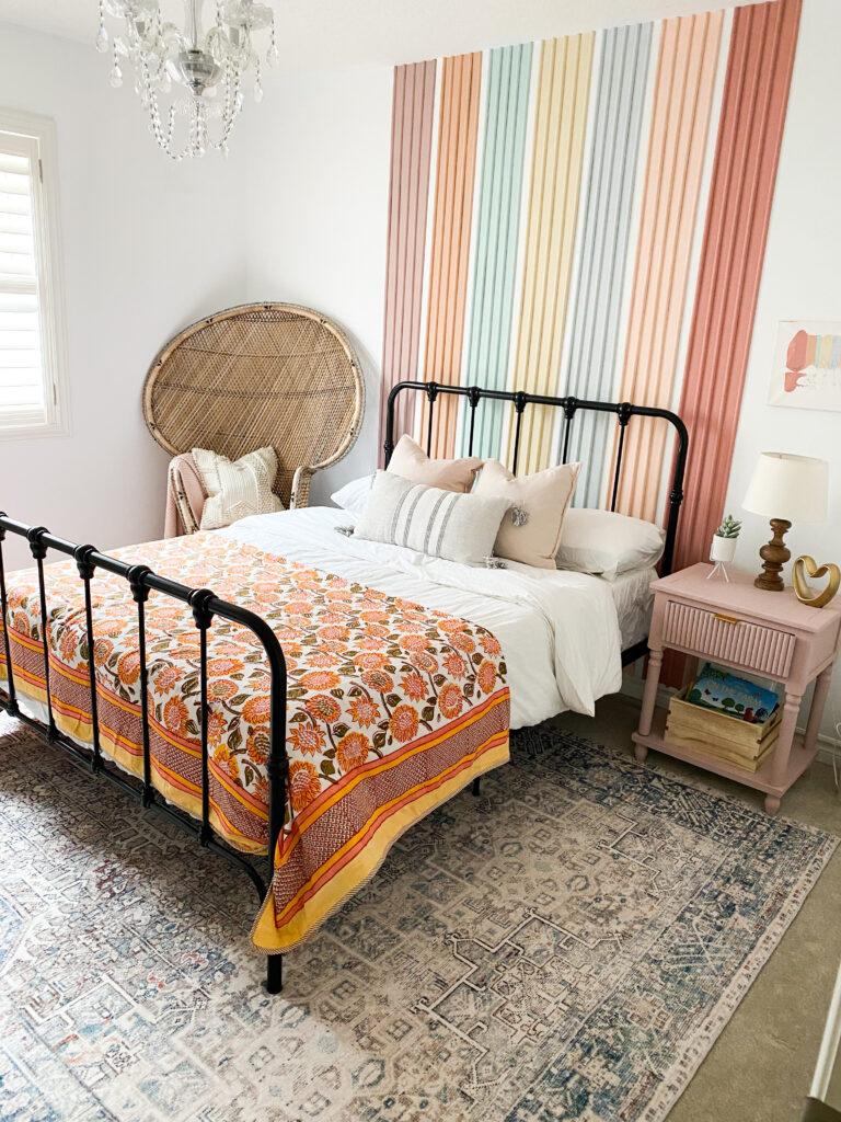 Vintage Inspired Rug Roundup  - bedroom